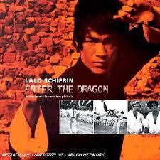 Enter the Dragon er blant tidenes største og mest populære kampsportfilmer. Den blir av mange sett på som den definitive...